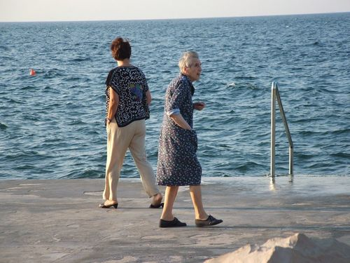230 elderly slovenians enjoying the sea