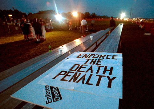 From http://www.langleycreations.com/photo/deathpenalty/timothy-mcveigh/index.html