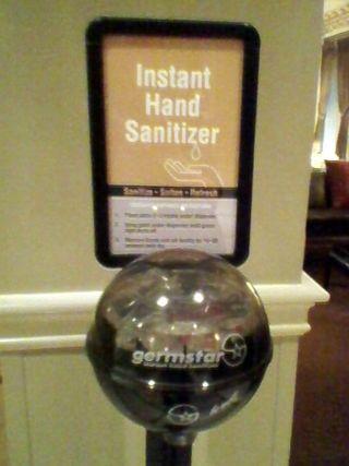 Germstar in Hotel Lobby