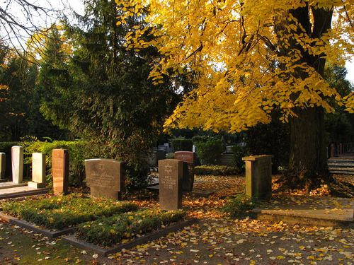 Nordfriedhof Jewish Cemetery Graves under Linden Tree 1