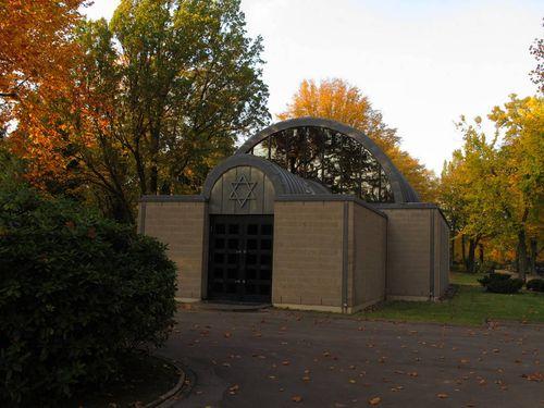 Nordfriedhof Jewish Cemetery Chapel