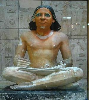 The-egyptian-museum_11334_seated-scribe-old-kingdom-_16468
