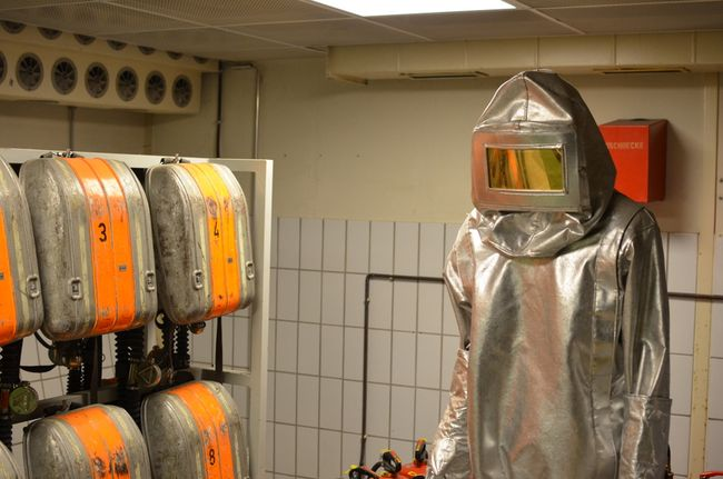 Regierungsbunker Radiation Suit