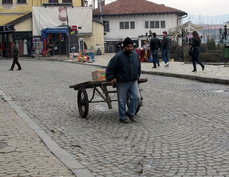 007 - Prizren - Man with Handcart